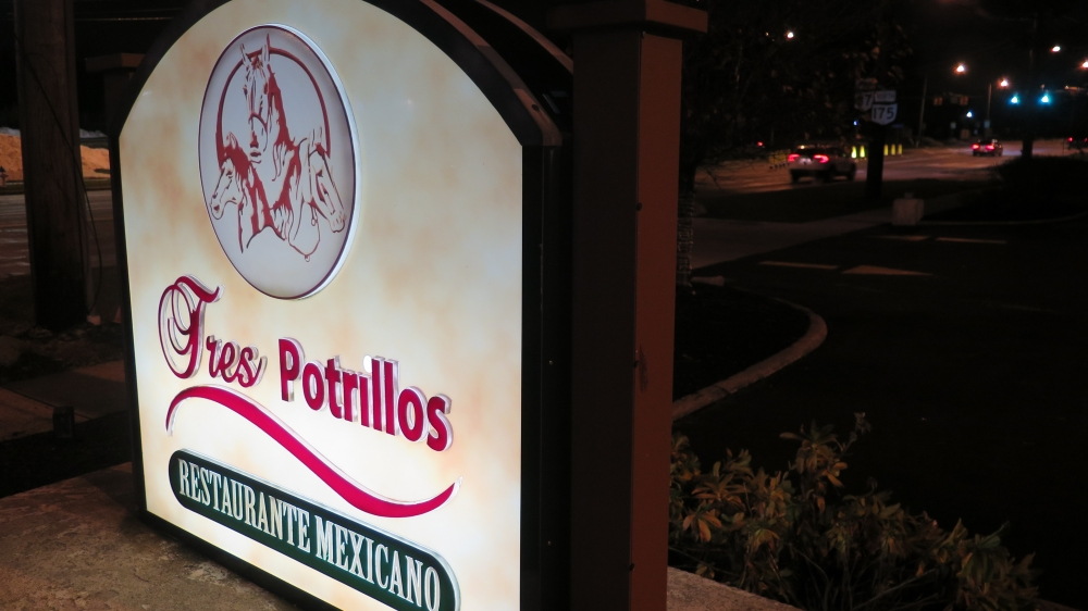 Tres Potrillos Mexican restaurant in Beachwood