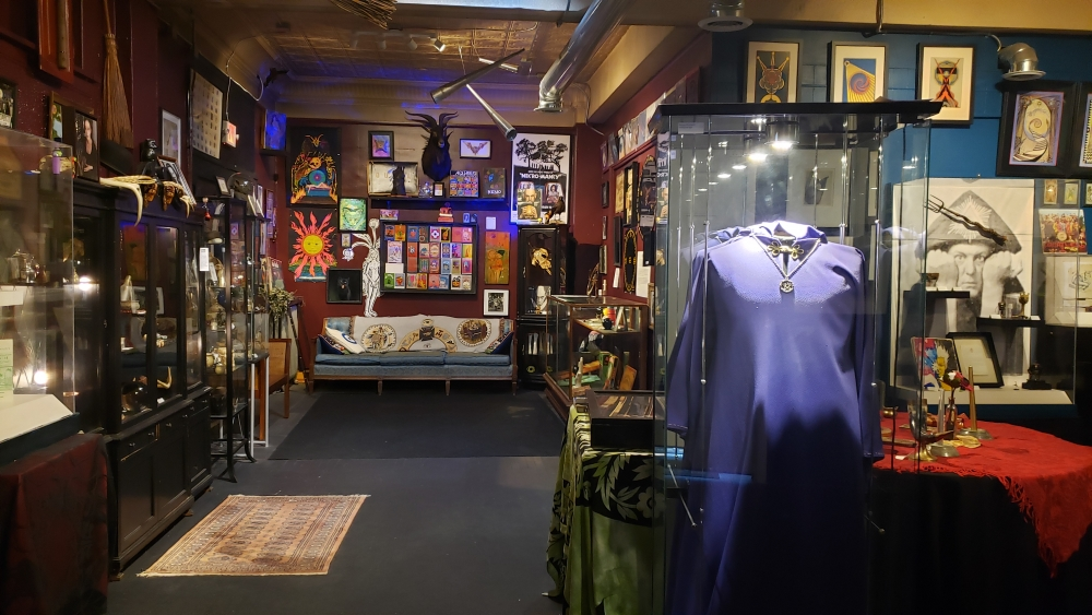 [Buckland Museum interior/Buckland Museum of Witchcraft and Magick]