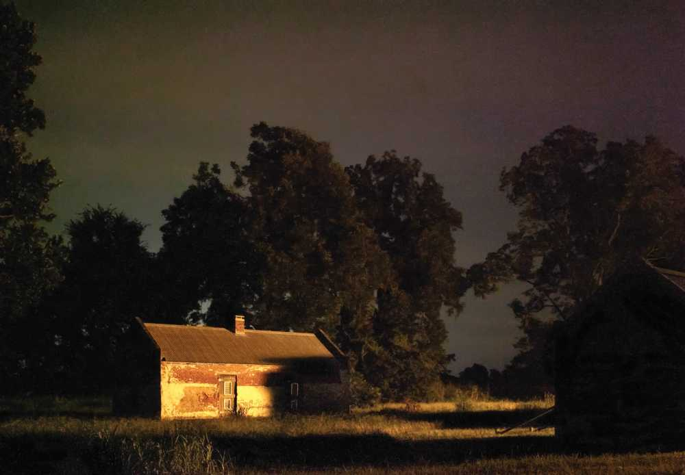Decision to Leave. Magnolia Plantation on the Cane River, Louisiana, 2013/ Jeanine Michna--Bales