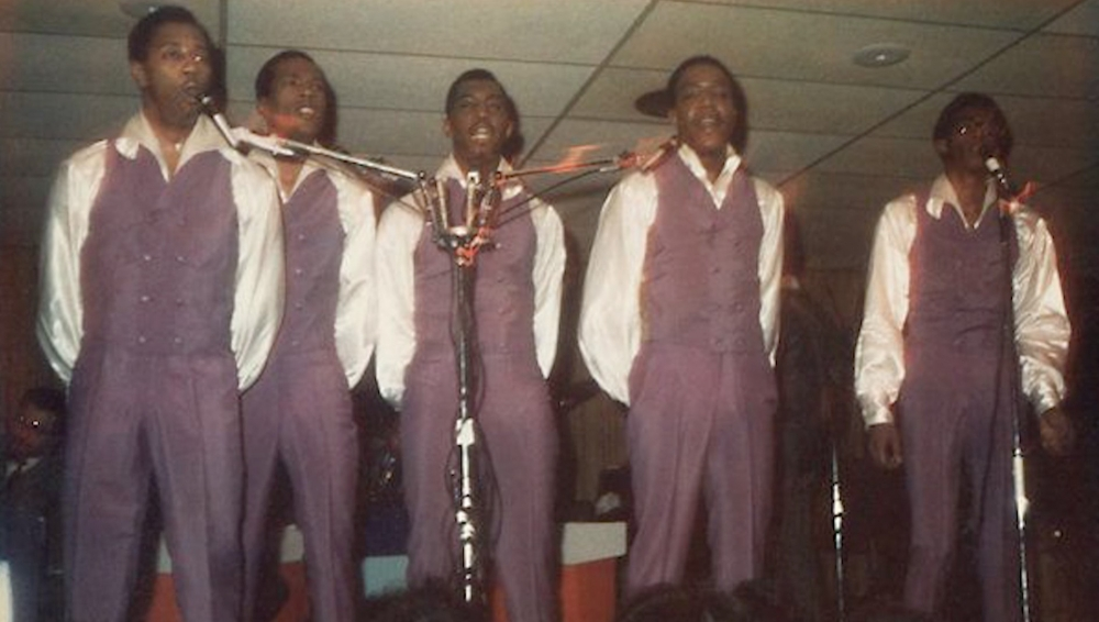 photo of the Temptations performing at Cleveland club Leo